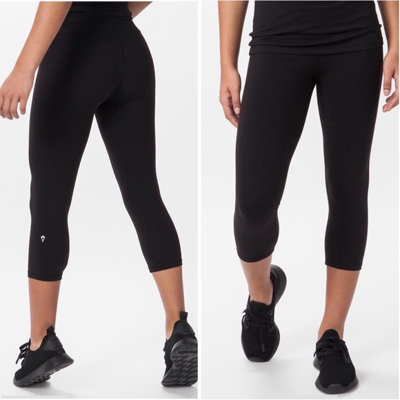 0b3e44d9e72c0b Ivivva Bottoms | Rhythmic Crop Black Leggings Girls 6 | Poshmark